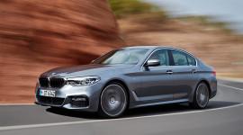 """BMW """"chạm mốc"""" bán 10 triệu xe 5-Series"""