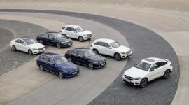 Mercedes-Benz lập kỷ lục doanh số nửa đầu 2017
