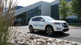 Nissan sẵn sàng trình làng công nghệ lái bán tự động