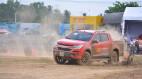 """""""Thử sức"""" Chevrolet Colorado trên đường đua"""