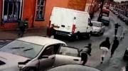 Tông bẹp Audi, Honda Civic lộ diện cả đoàn người trên xe
