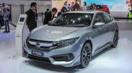 """Honda Việt Nam giảm giá """"khủng"""" cho CR-V, Civic và Accord"""