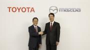 """Toyota bất ngờ """"bắt tay"""" Mazda xây dựng nhà máy"""