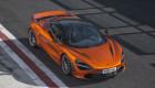 Muốn mua McLaren 720S mới, khách phải chờ đến năm 2019
