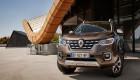 """Renault Alaskan, """"người anh em"""" của Mercedes X-Class, đến trời Âu"""