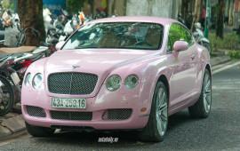 """Bentley Continental GT màu hồng """"siêu"""" cá tính tại Hà Nội"""