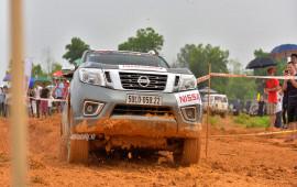 """Nissan Navara giành danh hiệu """"Vua bán tải"""" hạng nguyên bản tại VOC 2017"""