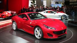 Cận cảnh siêu xe mui trần Ferrari Portofino vừa ra mắt