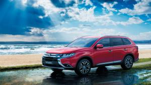 Thị trường ôtô tháng 9: Càng về cuối năm, giá xe càng giảm ác liệt