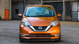 Nissan Sunny 2018 có thêm phiên bản hatchback