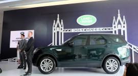 """Land Rover Discovery 2017 """"chào"""" thị trường Việt, giá 4 tỷ đồng"""