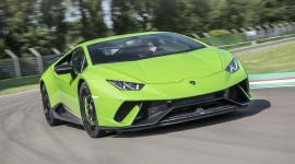 Lamborghini sẽ vẫn trung thành với động cơ V10 và V12 hút khí tự nhiên