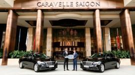 Bàn giao bộ đôi Mercedes E 200 thế hệ mới cho khách sạn Caravelle Sài Gòn