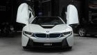 """Ảnh chi tiết BMW i8 của người vợ được chồng """"soái ca"""" tặng"""