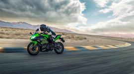 """Kawasaki """"hâm nóng"""" phân khúc 400 phân khối bằng mẫu sportbike mới"""