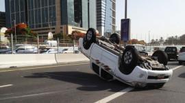 Đừng chủ quan, ôtô rất dễ bị lật