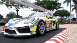 Xe thể thao Cayman GT4 Clubsport xuất hiện tại Việt Nam
