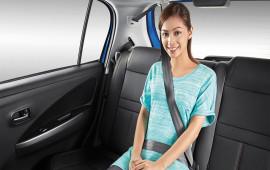Từ 1/1/2018, người ngồi ghế sau ôtô không thắt dây an toàn bị phạt tiền