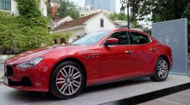 """""""Ngắm"""" xế sang Maserati Ghibli giữa lòng Hà Nội"""