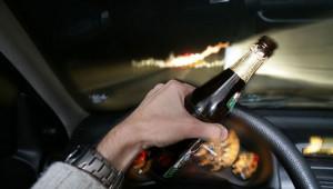 Nhiều người Việt vẫn lái xe sau khi uống rượu, bia