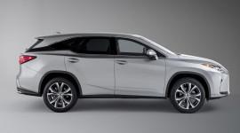 Lexus RX phiên bản 7 chỗ chính thức lộ diện