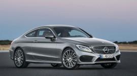 Mercedes-Benz tiến sát ngôi vương xe sang tại Mỹ