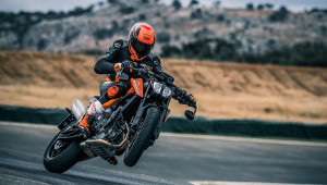 """KTM 790 Duke 2018 """"chốt"""" giá bán"""