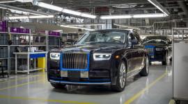 Chiếc Rolls-Royce Phantom 2018 đầu tiên chuẩn bị được đấu giá