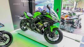 Cận cảnh Kawasaki Ninja 650 2018 phiên bản KRT đầu tiên tại Việt Nam