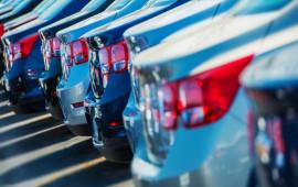 """Thị trường ôtô 2017: Giá xe giảm mạnh, không """"kéo"""" nổi doanh số"""