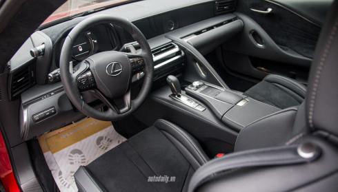Ảnh chi tiết nội thất Lexus LC 500 tại Hà Nội