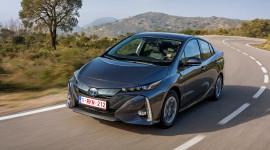 Toyota tham gia sâu hơn vào cuộc đua xe điện