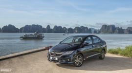 Ôtô đồng loạt giảm giá đầu năm 2018