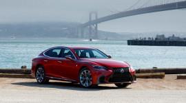 Lexus LS 2019 có giá rẻ hơn thế hệ trước