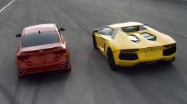 So sánh cực thú vị giữa Kia Cerato 2019 và Lamborghini Aventador