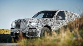 SUV siêu sang nhà Rolls-Royce sẽ ra mắt vào mùa hè