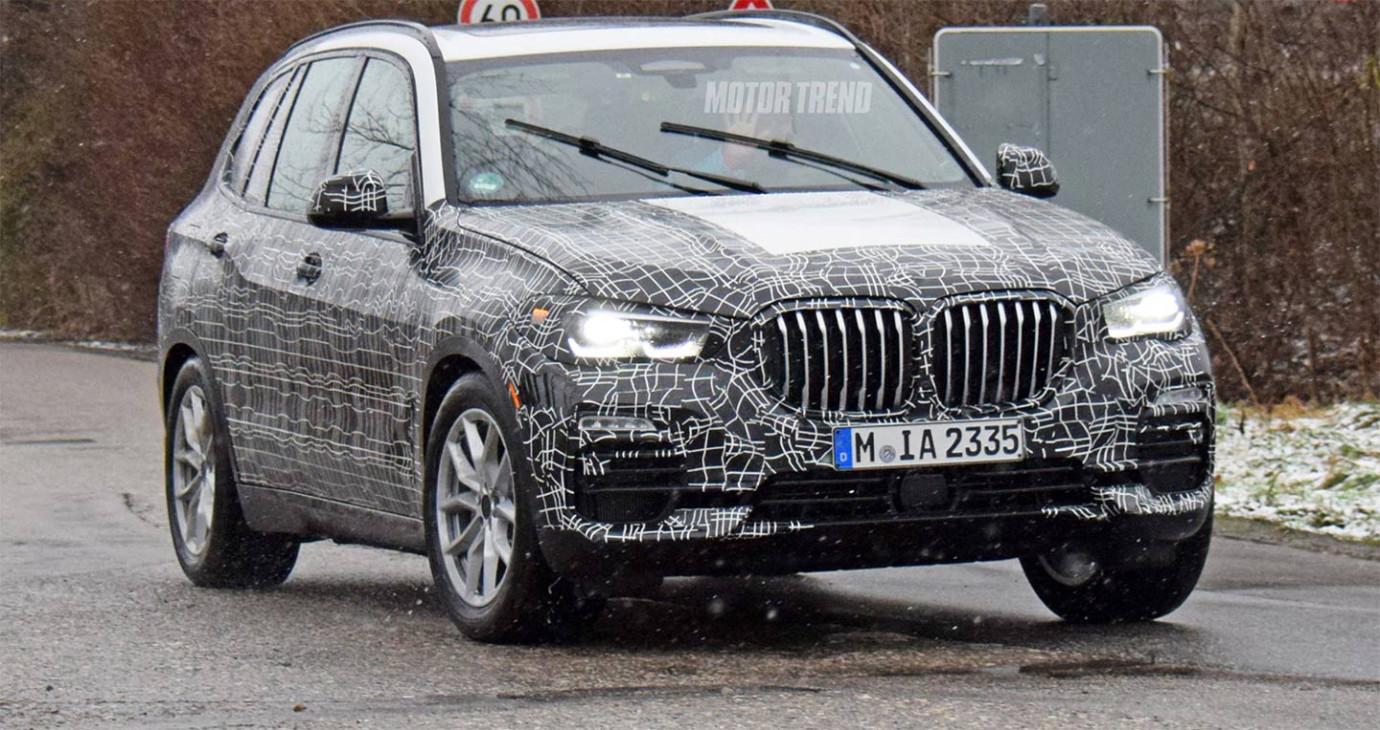BMW X5 mới lộ diện, phô trương lưới tản nhiệt khổng lồ