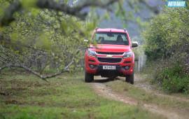 Du xuân đo mức tiêu thụ nhiên liệu của Chevrolet Colorado High Country