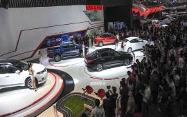 Sau tết gom tiền mua ôtô: 2018 kiểu gì cũng giảm giá