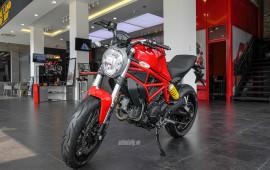 """Cận cảnh """"quái vật"""" Ducati Monster 797 tại Việt Nam"""