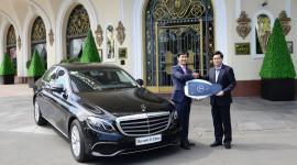 Bàn giao Mercedes-Benz E 200 cho khách sạn Majestic Sài Gòn