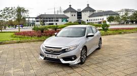 Chi tiết Honda Civic 1.8E nhập khẩu giá 758 triệu