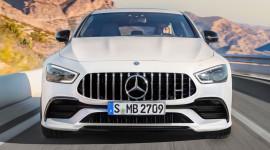 """Mercedes-AMG GT ra mắt phiên bản 4 cửa """"quyết đấu"""" Porsche Panamera"""