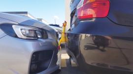 """Video: """"Công nghệ"""" hỗ trợ đỗ xe hiệu quả và hài hước"""