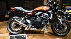 Kawasaki Z900 RS có giá 395 triệu đồng tại Việt Nam