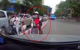Video: Tài xế ôtô quyết không nhường xe máy đi ngược chiều