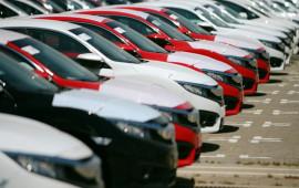 Tháng 5, giá ôtô tiếp tục nhúc nhích tăng
