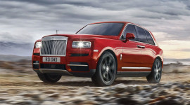 Rolls-Royce Cullinan có giá gần 41,3 tỷ đồng tại Việt Nam