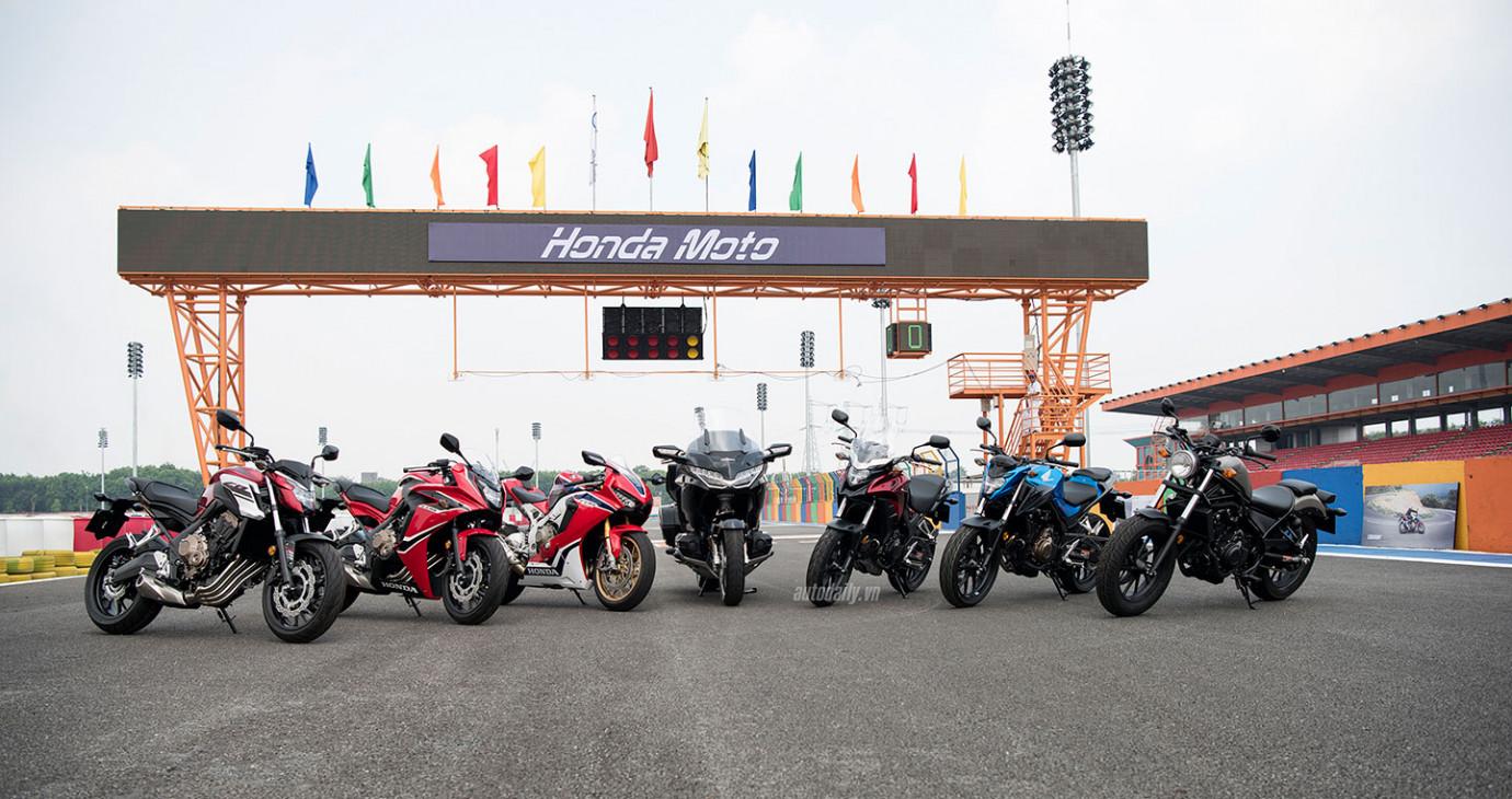 Gold Wing chính hãng 1,2 tỷ đồng và dàn môtô khủng Honda đổ bộ về Việt Nam