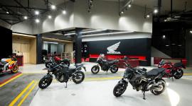 Toàn cảnh cửa hàng Honda Moto đầu tiên tại VN